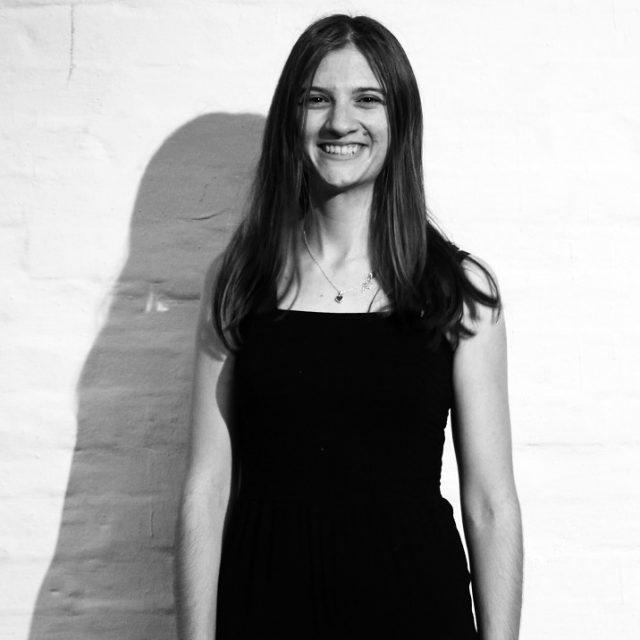 Alina Burmester, Maß für Maß