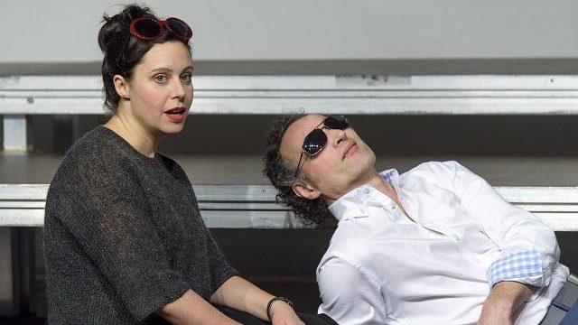 Birgit Becker und Heiko Büter in x-Freunde von Felicia Zeller, Theater zur weiten Welt